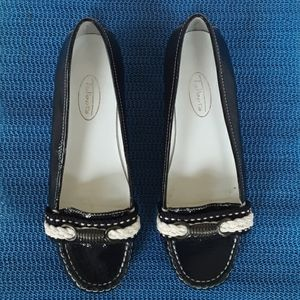 TALBOTS GENUINE PATENT LEATHER SHOES LOAFERS